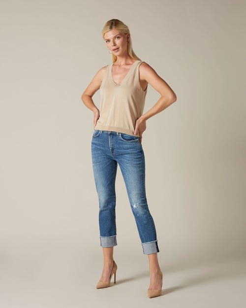 RELAXED SKINNY LUXE VINTAGE CAPITOLA WITH RAW CUT AND DISTRESSED