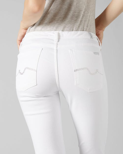 PYPER CROP SLIM ILLUSION PURE WHITE WITH EMBELLISHED SQUIGGLE