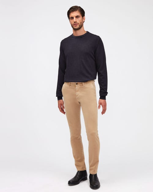 SLIMMY CHINO TAP. LUXE PERFORMANCE SATEEN VINTAGE SANDCASTLE