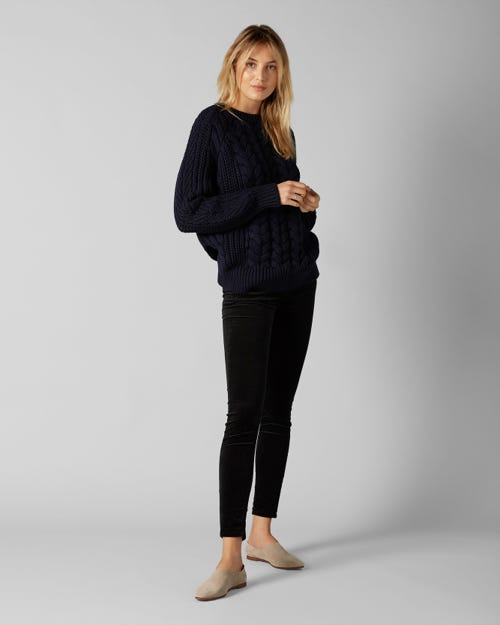 THE SKINNY VELVET BLACK